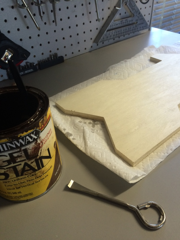 I love gel stain, but it stinks so I worked at Matt's workbench and let it dry out there to avoid the smell inside.